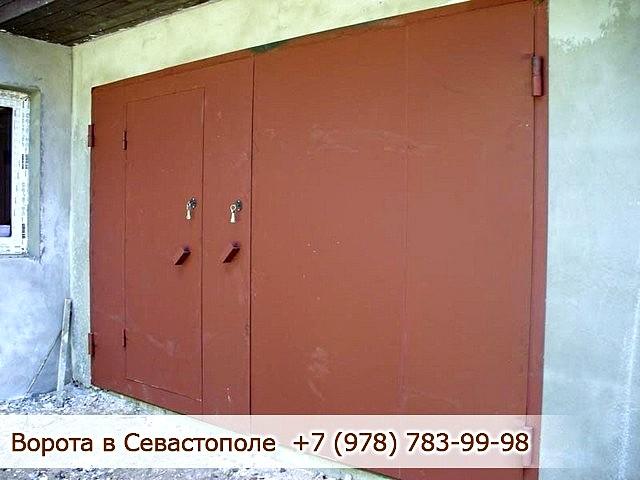 Гаражные ворота, Севастополь, Крым