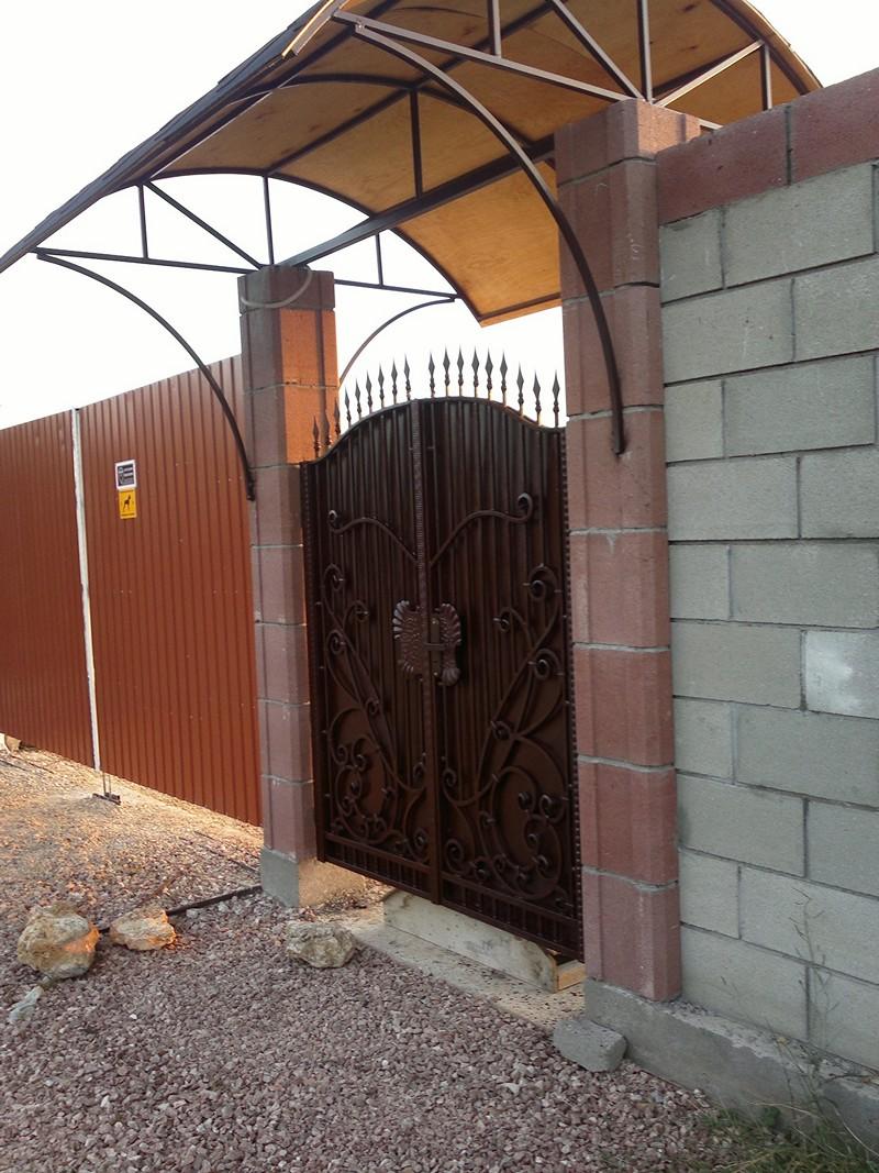 Артель. Ворота Севастополь