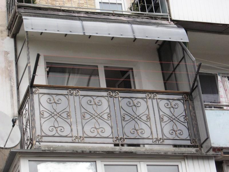 Ограждения балкона ковка