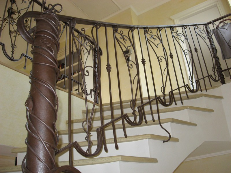 Ковка перила лестницы фото