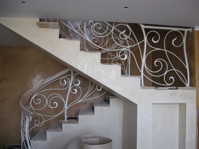 Художественная ковка лестницы фото