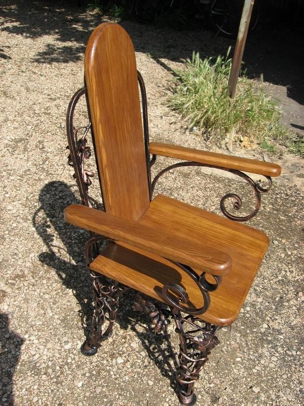 Мебель с элементами ковки фото
