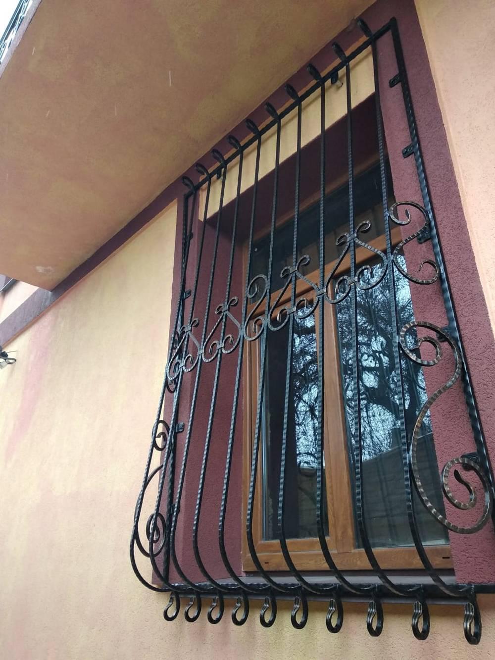 Кованые решетки фото Севастополь Крым