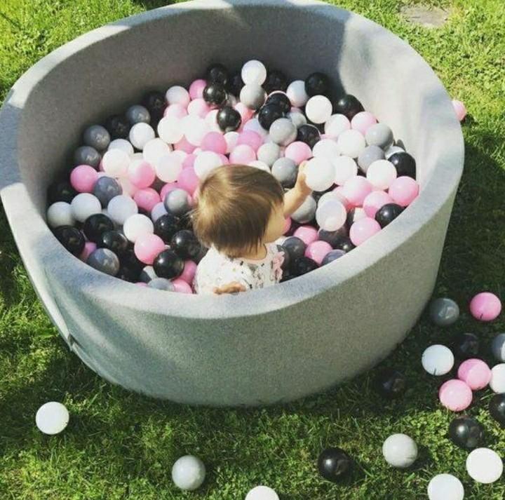 Игровой сухой бассейн