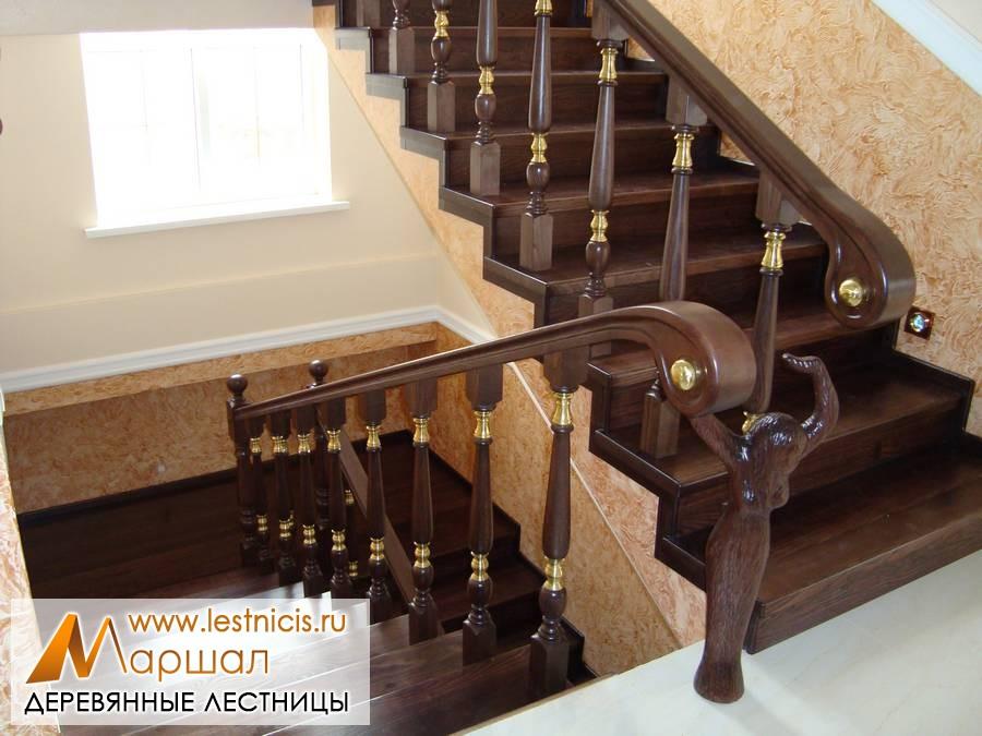 Деревянные лестницы Севастополь на бетонном основании