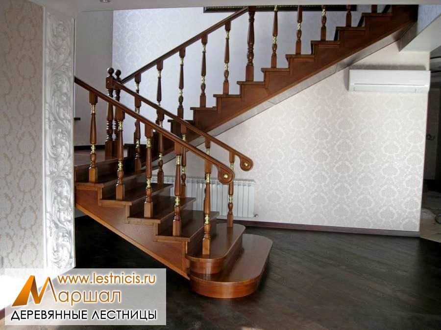 Изготовление деревянных лестниц в Севастополе